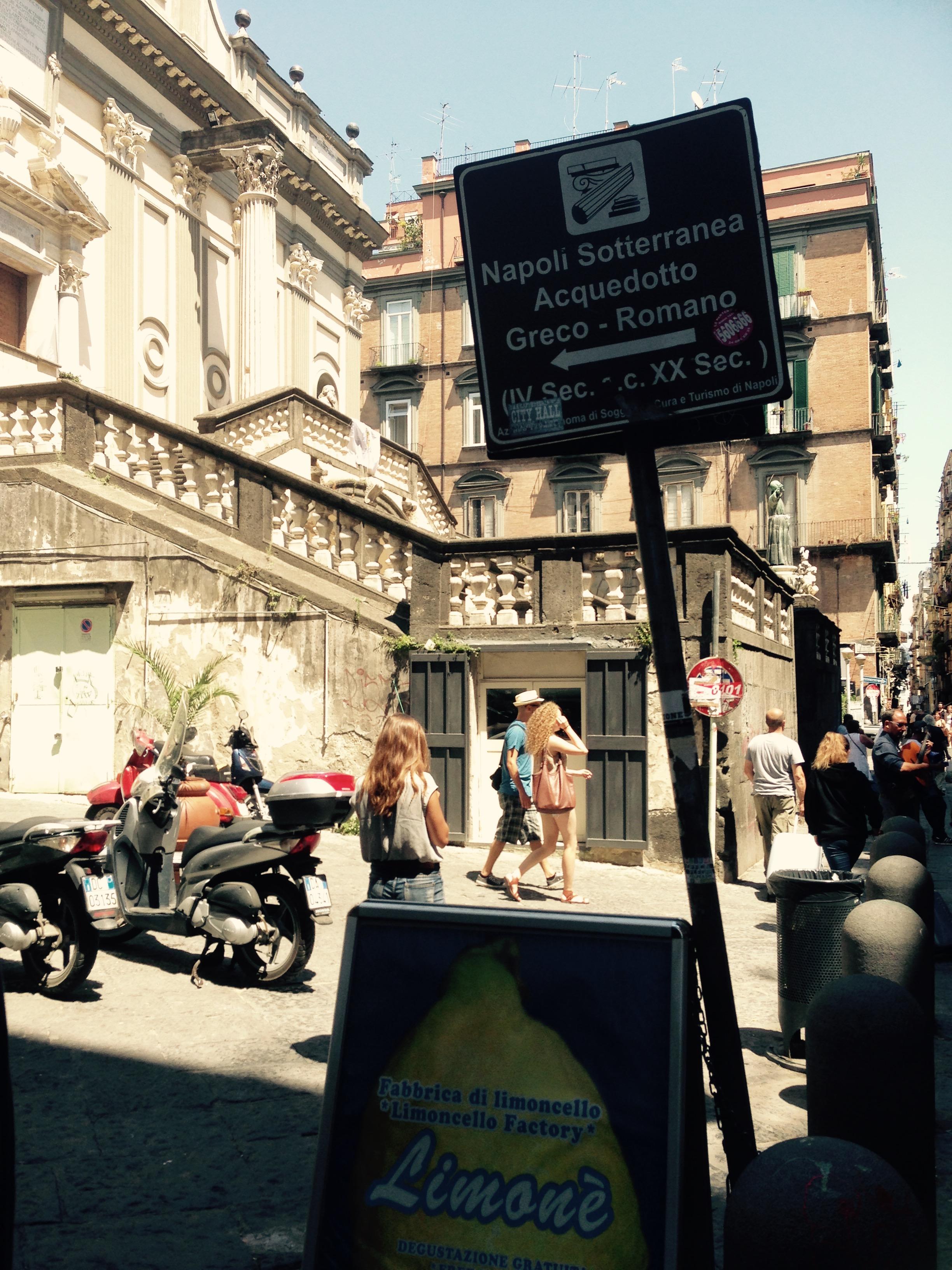 Neapol w negatywie. napoli sotterranea – lente