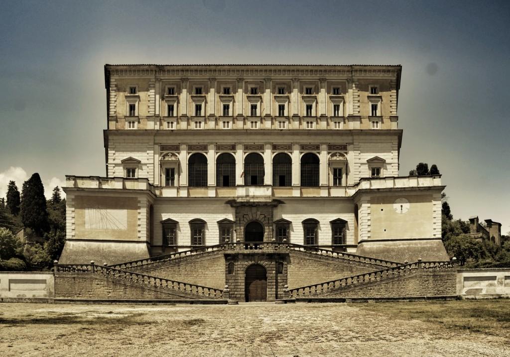 Palazzo Farnese (Caprarola), fot. Livioandronico2013 (Wikipedia)