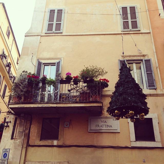 rzym-via-frattina