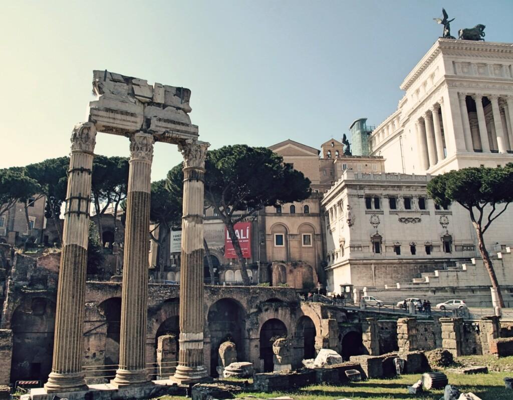 Ruiny świątyni Venus Genetrix wRzymie. Fot. Julia Wollner