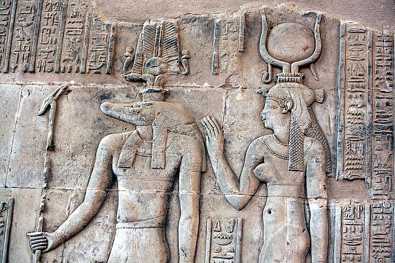 Wizerunek Sobka wświątyni wKom Ombo wEgipcie. Fot. Hedwig Storch / Wikipedia Commons CC BY-SA 3.0