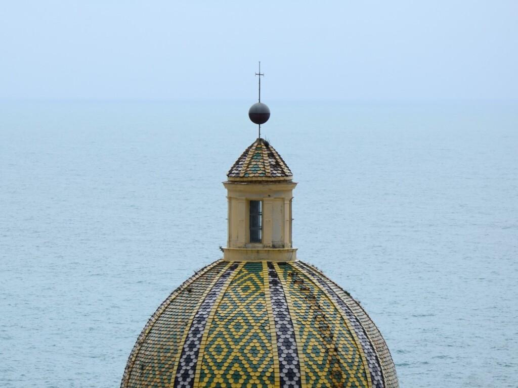 Słynny dach kościoła Santa Maria Assunta. Fot. Rosino / Flickr CC BY-SA 2.0