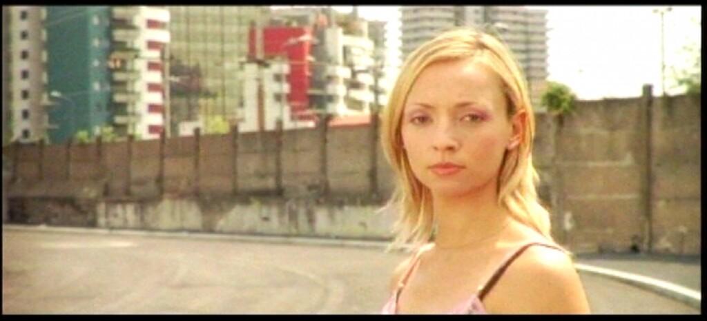 """Karolina Porcari wfilmie """"Come l'ombra""""."""
