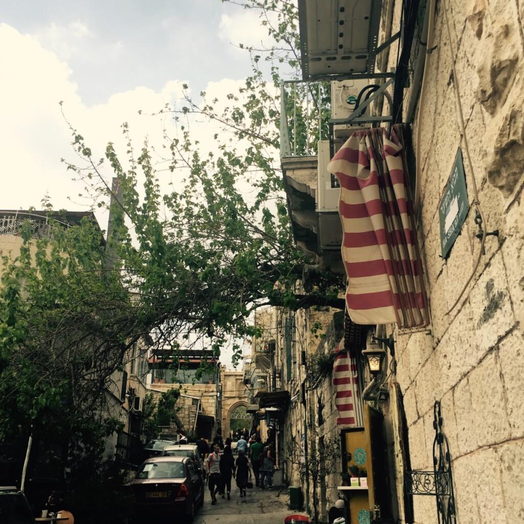 Jerozolimskie zaułki wdzielnicy Ain Karem