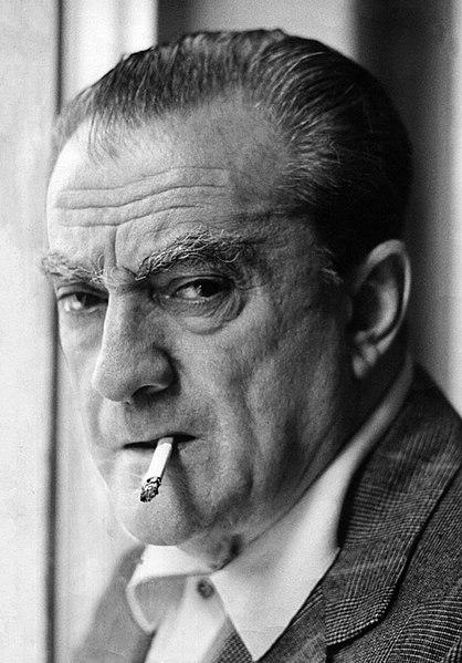 Visconti był także zafascynowany Sycylią, dramatem włoskiego Południa. Zrealizował tam dwa swoje arcydzieła: Ziemia drży oraz Rocco ijego bracia. Lampart stał się ukoronowaniem sycylijskiego nurtu wtwórczości reżysera.