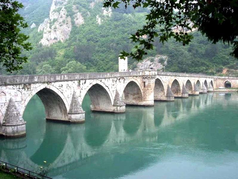 Słynny most na Drinie