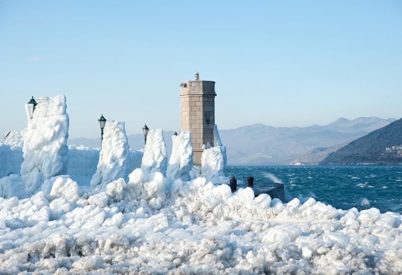 Zimowa bura wSenj, fot. Roberta F. / Wikimedia Commons, CC BY-SA 3.0
