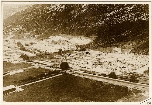 Archiwalne zdjęcie zczasów budowy miasta