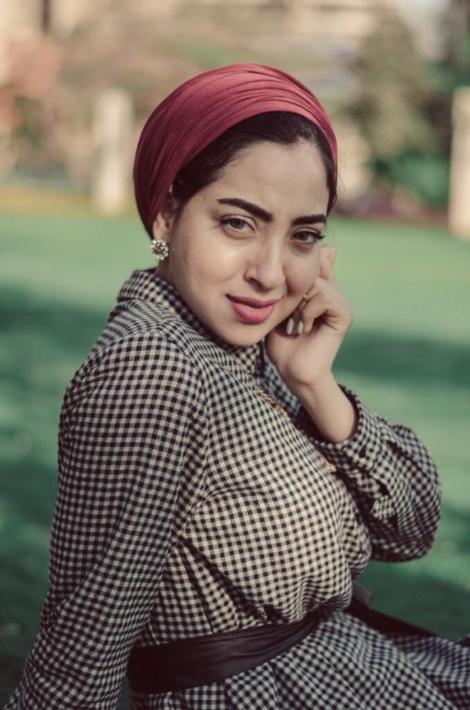 Współczesna egipska elegantka, fot. Mohammed Hassan / Unsplash