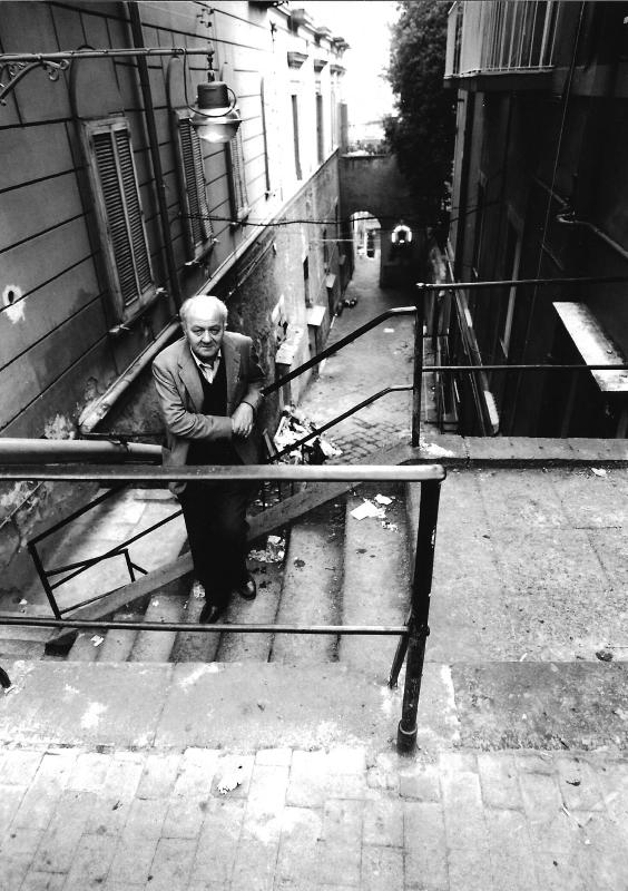 Gustaw Herling‑Grudziński wNeapolu w1988 roku, fot. © Bohdan Paczowski (dzięki uprzejmości Wojciecha Karpińskiego)