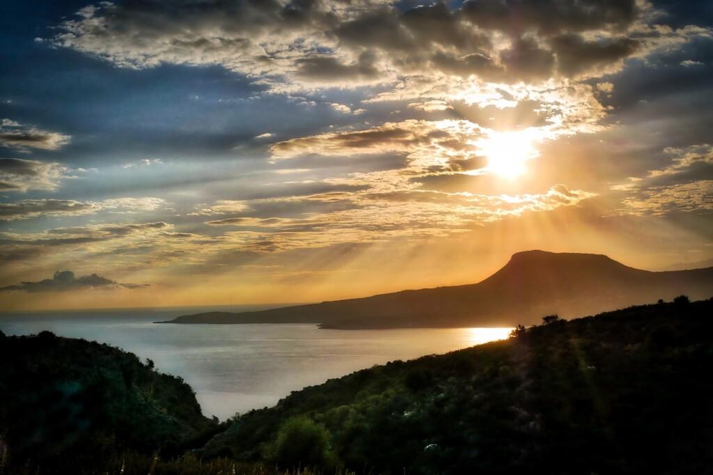 Zachód słońca na Krecie