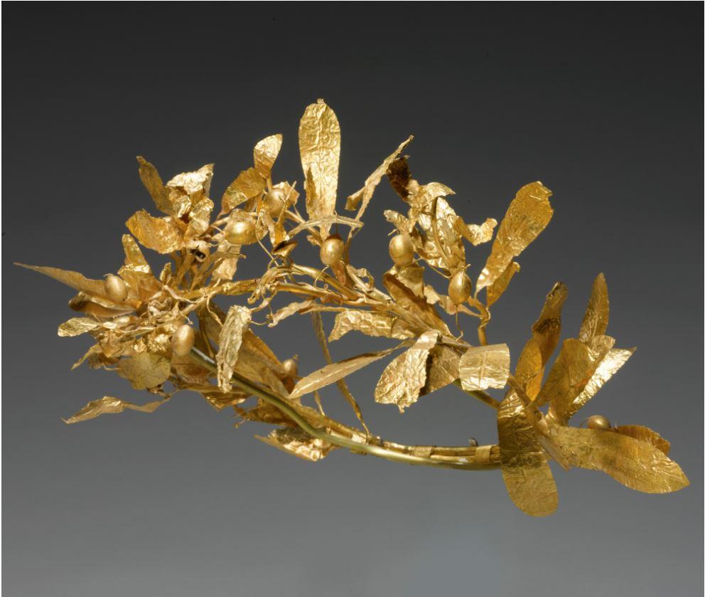 Grecki złoty wieniec zoliwek, około IV wieku p.n.e., fot.: www.sothebys.com