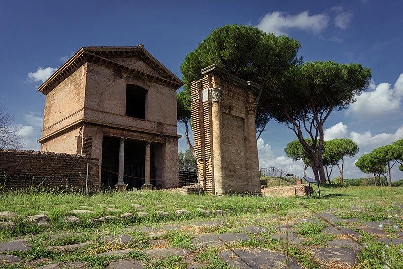 Grobowiec wParco Archeologico delle Tombe di via Latina, fot. Sara Fioravanti / Wikimedia, CC BY-SA 4.0