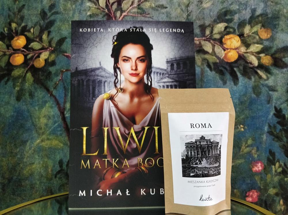 Nową powieść Michała Kubicza poświęconą młodości cesarzowej Liwii kupisz teraz wnaszym sklepie wzestawie zpyszną kawą, na którą zapraszamy my!