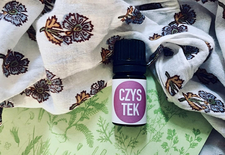 Niezwykłe właściwości czystka możesz poznać, korzystając zolejku eterycznego zcypryjskiego labdanum, dostępnego wnaszym sklepie (kliknij tutaj)