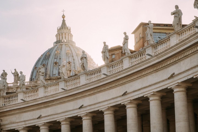 Kolumnada przy Placu Świętego Piotra